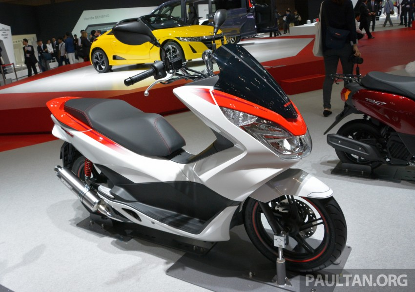Tokyo 2015: Honda Super Cub Concept and EV Cub Concept – leading the parade of two-wheelers Image #402432
