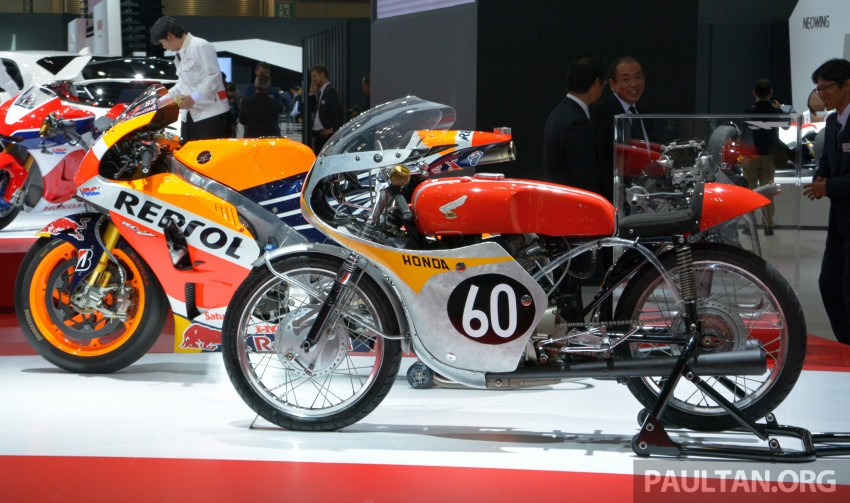 Tokyo 2015: Honda Super Cub Concept and EV Cub Concept – leading the parade of two-wheelers Image #402443