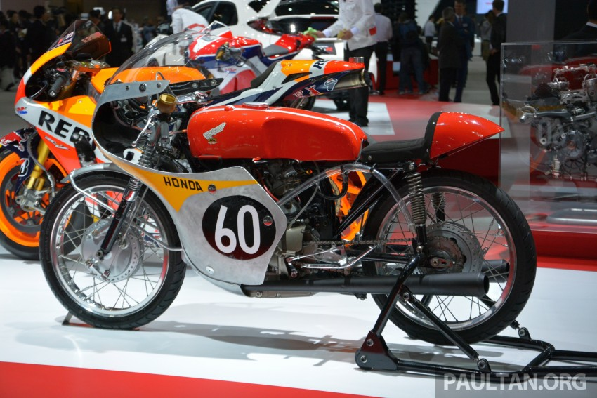 Tokyo 2015: Honda Super Cub Concept and EV Cub Concept – leading the parade of two-wheelers Image #402444