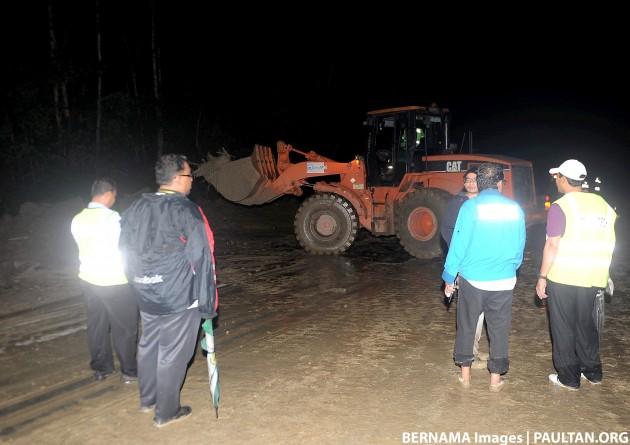 Karak-landslide-06