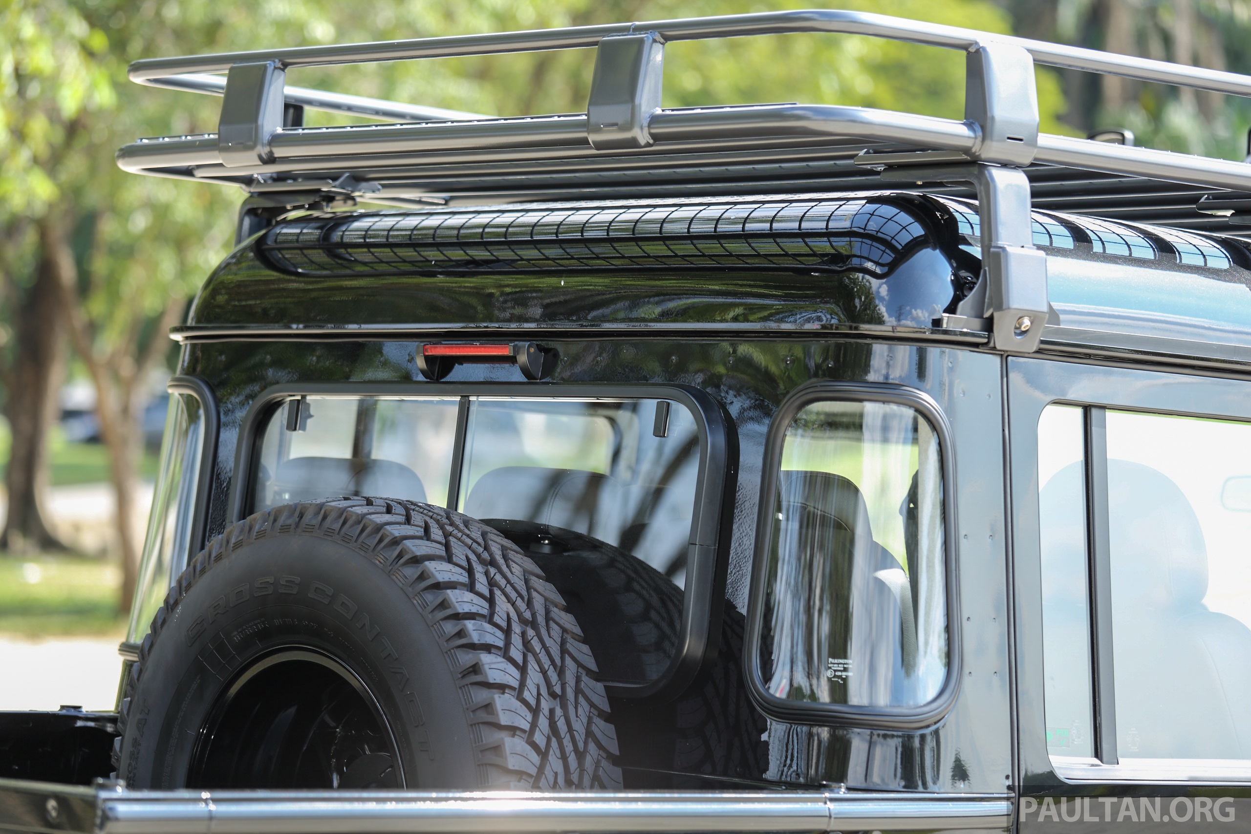 Land Rover Accessories >> GALLERY: Land Rover Defender Limited Edition in Malaysia – 13-piece accessories package, RM65 ...