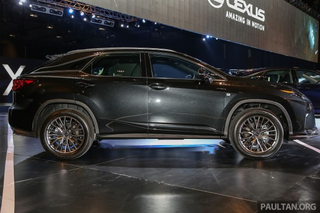 spyshots lexus rx with three row seating tested. Black Bedroom Furniture Sets. Home Design Ideas