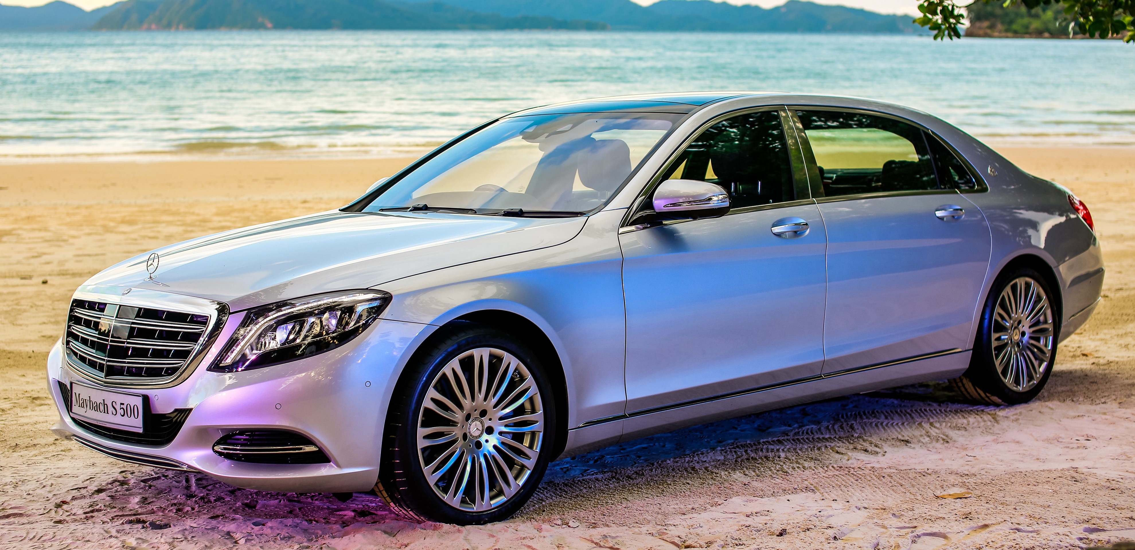 Mercedes maybach s500 and s600 launched in malaysia for Mercedes benz s600 price