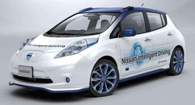 Nissan-Leaf-Piloted-Drive-02