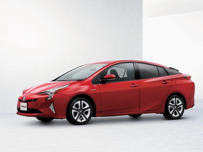 MEGA GALLERY: 2016 Toyota Prius debuts in the US Image #410219