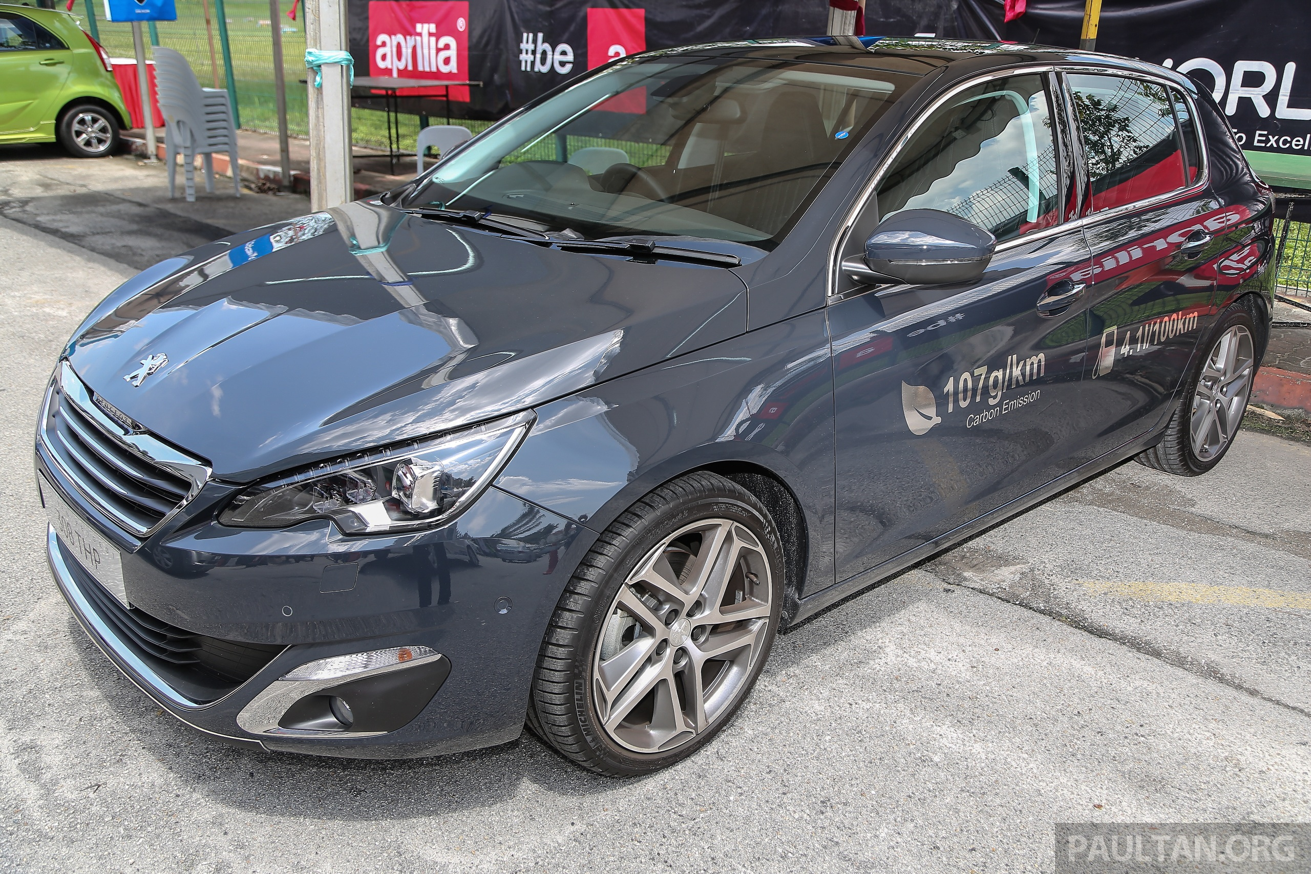 peugeot 308 2 0 hdi in m 39 sia 370 nm 1 300 km range. Black Bedroom Furniture Sets. Home Design Ideas