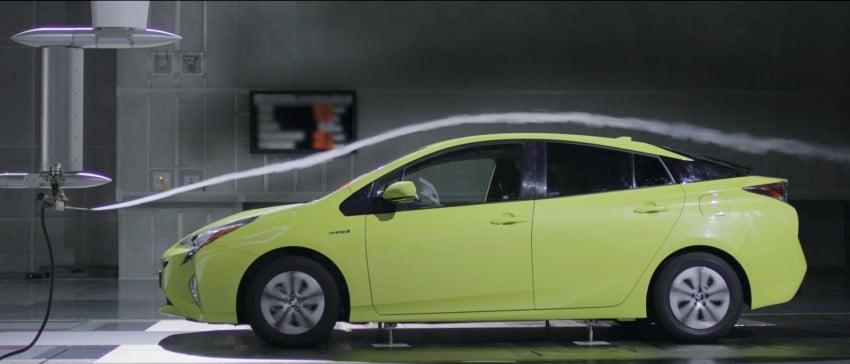 MEGA GALLERY: 2016 Toyota Prius debuts in the US Image #410127
