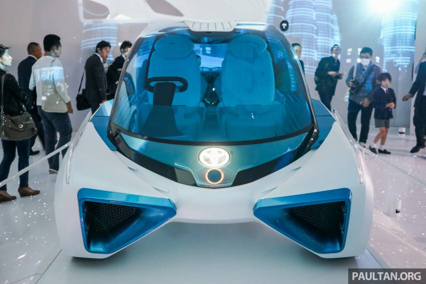 Tokyo 2015: Toyota FCV Plus says sharing is caring Image #404468