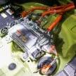 Toyota Prius E-Four 10