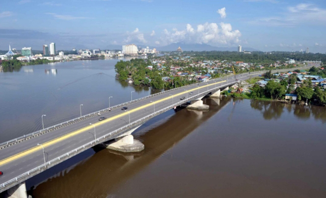 Sarawak set to become a toll-free state by next year Image #412309