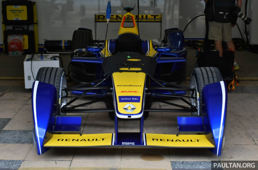 Formula E is in town this weekend; Renault e.dams and its Z.E. 15 aims for pole position in Putrajaya Image #404544