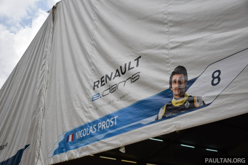 Formula E is in town this weekend; Renault e.dams and its Z.E. 15 aims for pole position in Putrajaya Image #404525