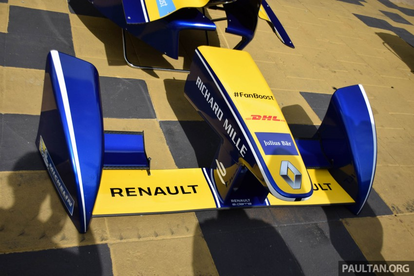 Formula E is in town this weekend; Renault e.dams and its Z.E. 15 aims for pole position in Putrajaya Image #404516