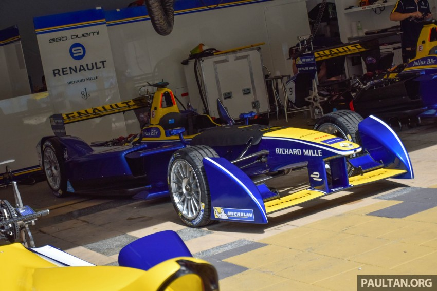 Formula E is in town this weekend; Renault e.dams and its Z.E. 15 aims for pole position in Putrajaya Image #404518