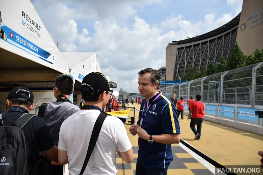 Formula E is in town this weekend; Renault e.dams and its Z.E. 15 aims for pole position in Putrajaya Image #404519
