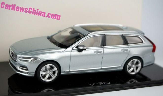 Volvo V90 model appears in new Liquid Blue colour Image #400853