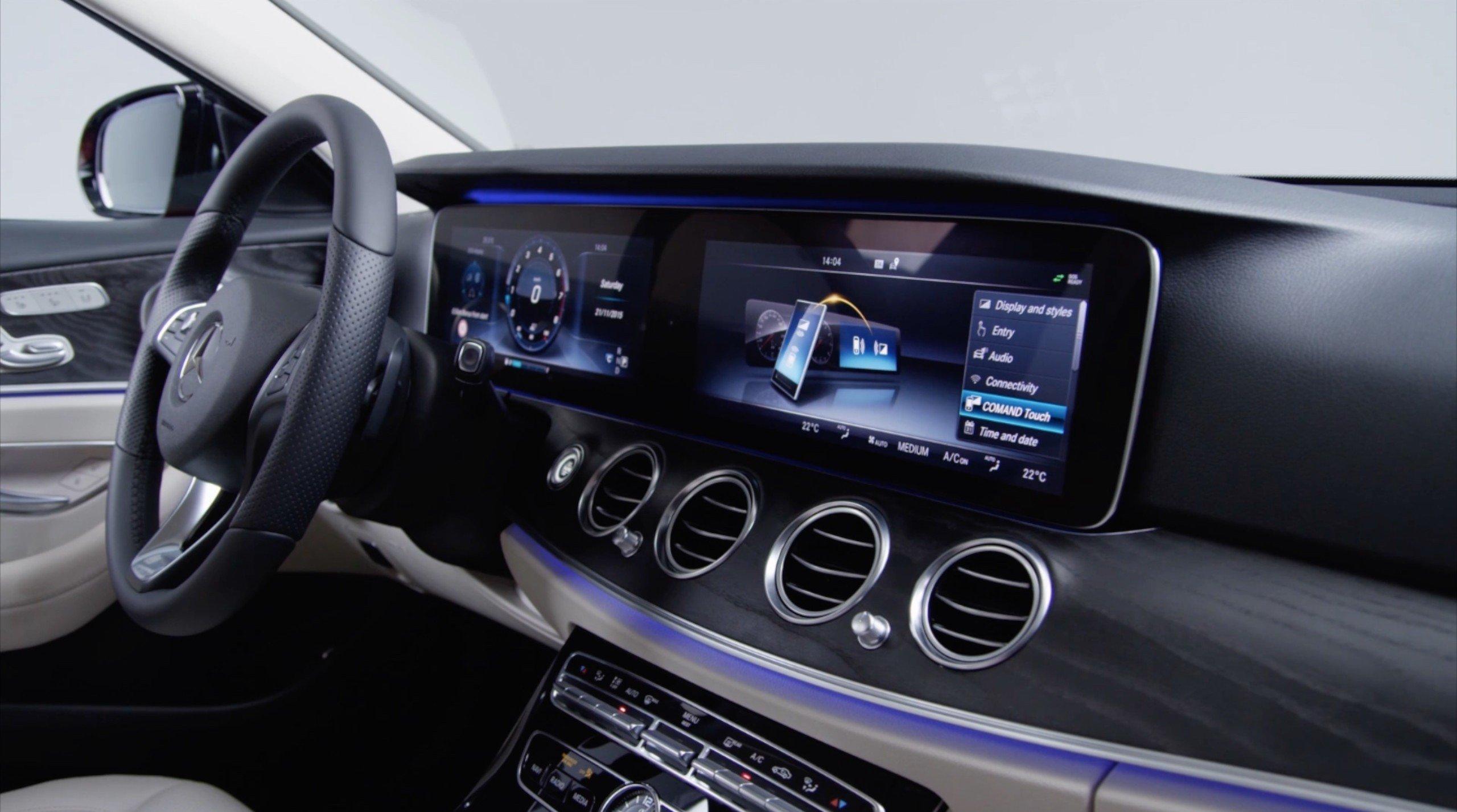 Video w213 mercedes benz e class interior detailed paul for Video mercedes benz