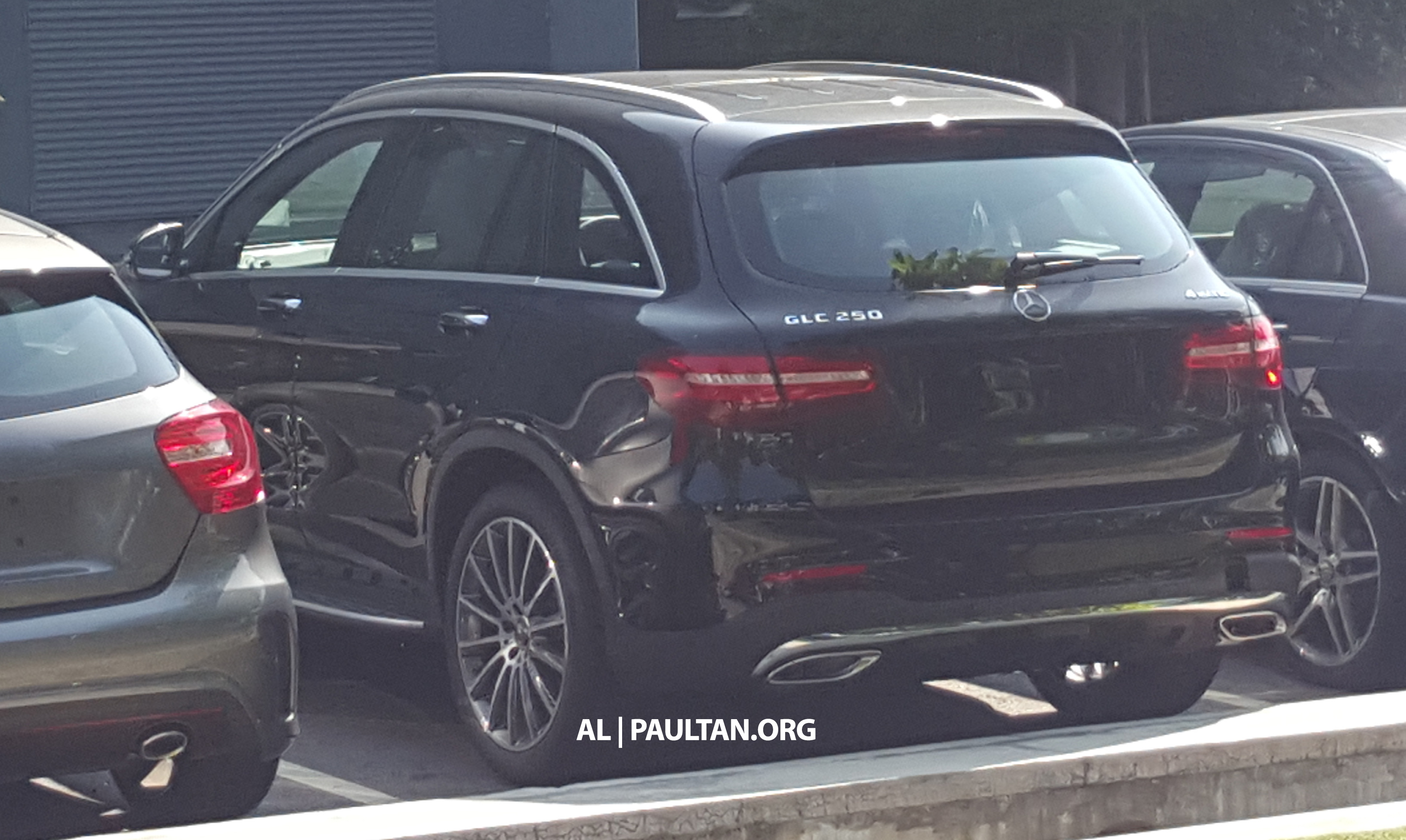 spyshots mercedes benz glc 250 in malaysia. Black Bedroom Furniture Sets. Home Design Ideas