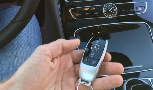 w213 merc e class shows new key fob display visuals image