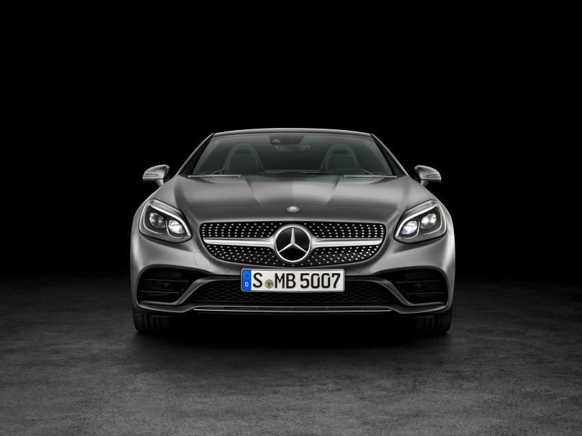 Mercedes-Benz SLC roadster debuts ahead of Detroit Image #419731