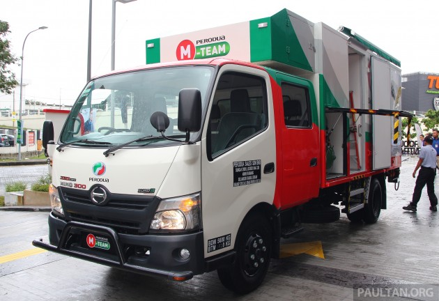 2015-perodua-m-team-mobile-services- 001