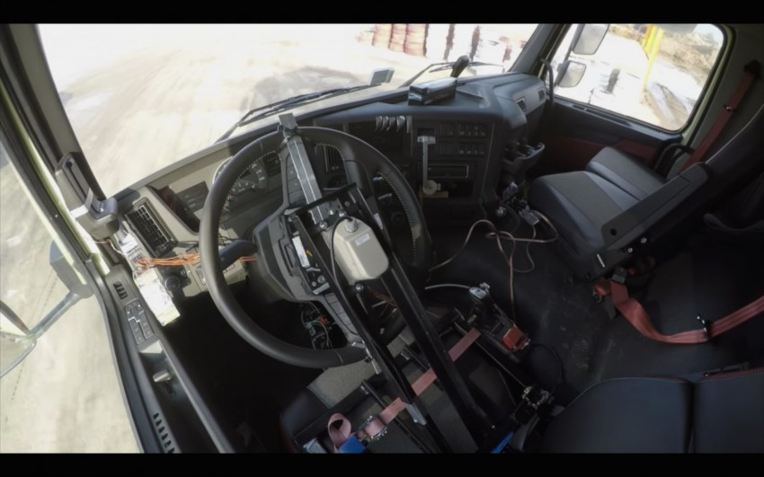 VIDEO: Volvo FMX truck vs Sophie, the four-year-old Image #416389