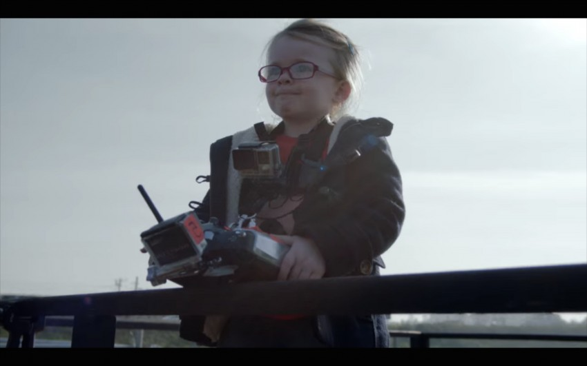 VIDEO: Volvo FMX truck vs Sophie, the four-year-old Image #416390
