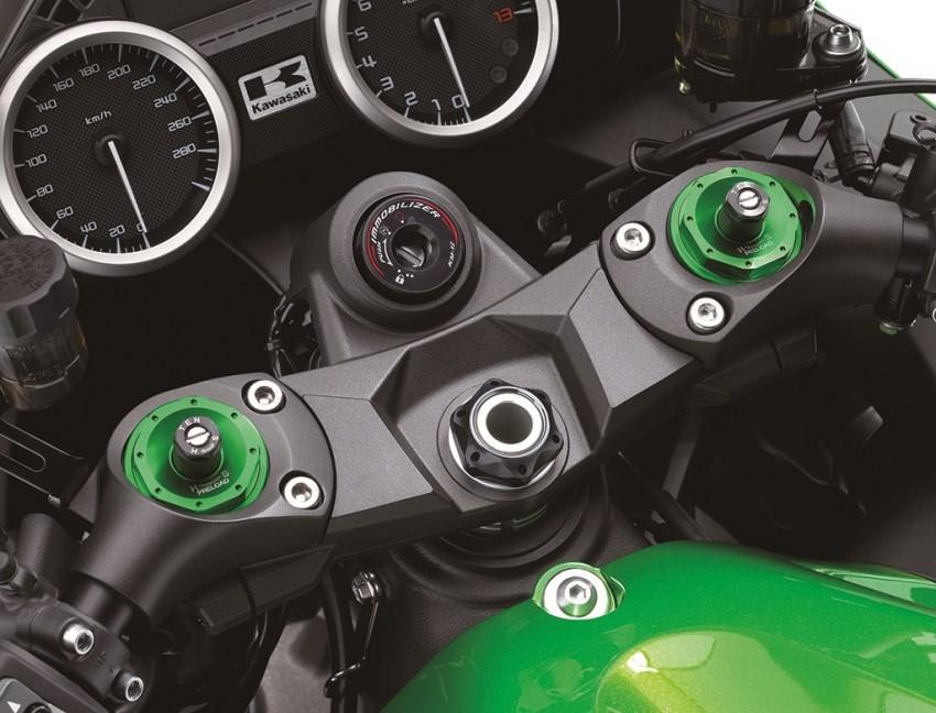 2016 Kawasaki ZZR1400 loses 10 hp to Euro 4 Image #423834
