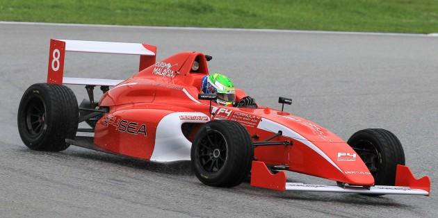 F4-SEA-Car-02