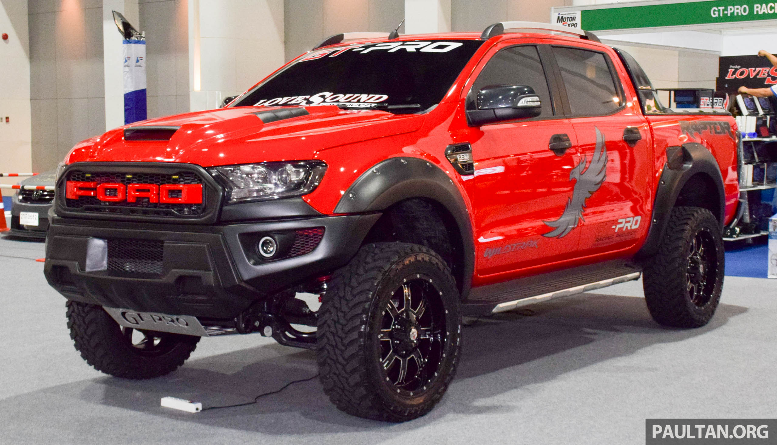 ford ranger raptor aftermarket kit debuts in bangkok. Black Bedroom Furniture Sets. Home Design Ideas
