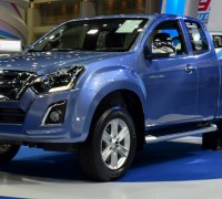 Isuzu_D-Max_Blue_Power_Hi-Lander_Two_Door_Thailand-1