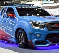 Isuzu_D-Max_safety_car-1