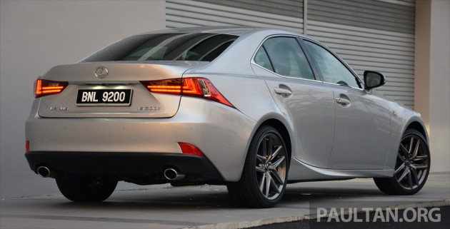 Lexus IS 200t Review 15