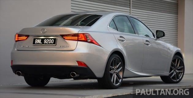 Lexus IS 200t Review 15