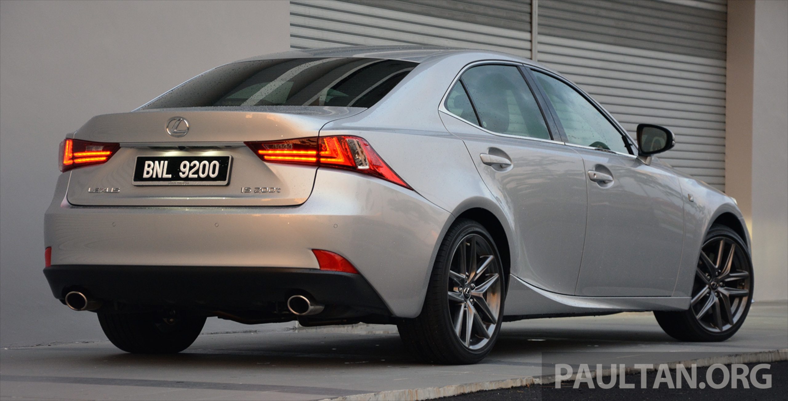 driven lexus is 200t turbo downsized at a price paul tan image 421470. Black Bedroom Furniture Sets. Home Design Ideas