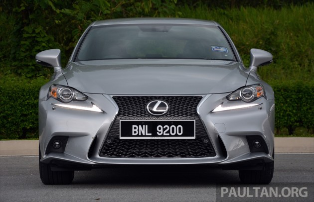 Lexus IS 200t Review 21