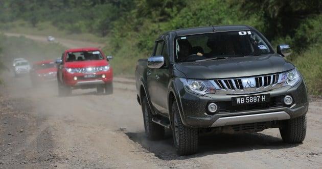 Mitsubishi-Triton-Drive-Lawas-01