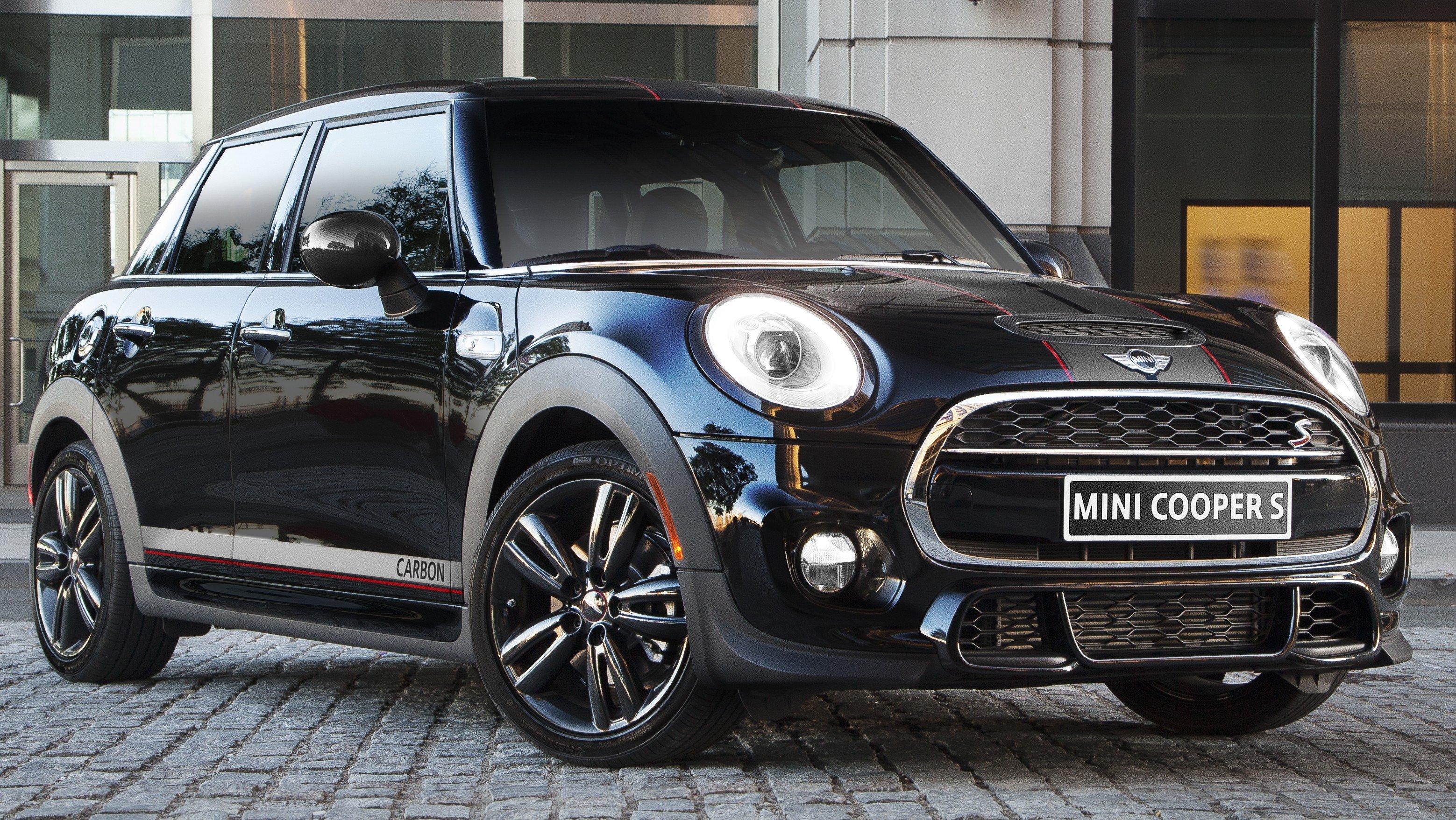 mini carbon edition cooper s 5 door with 208 hp. Black Bedroom Furniture Sets. Home Design Ideas