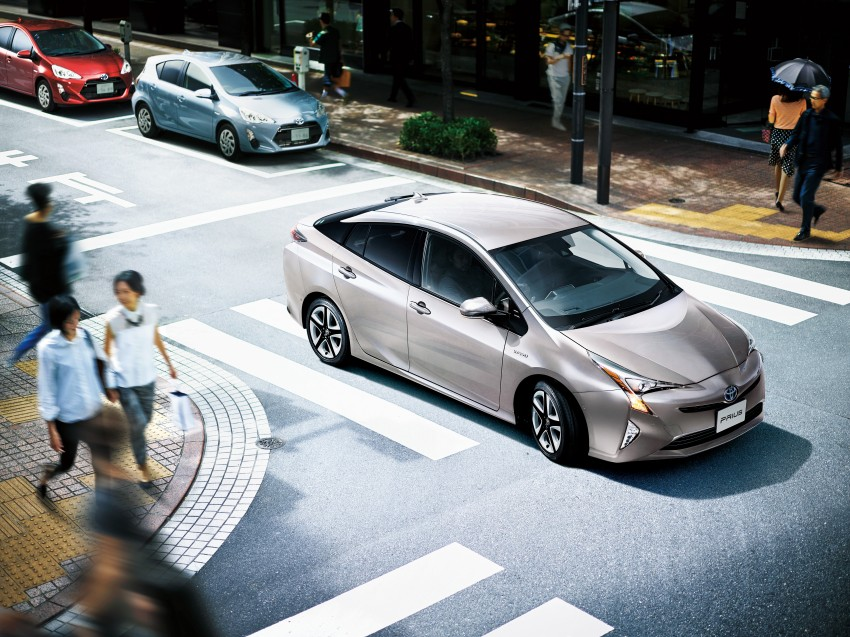 2016 Toyota Prius goes on sale in Japan – 40.8 km/l! Image #418019