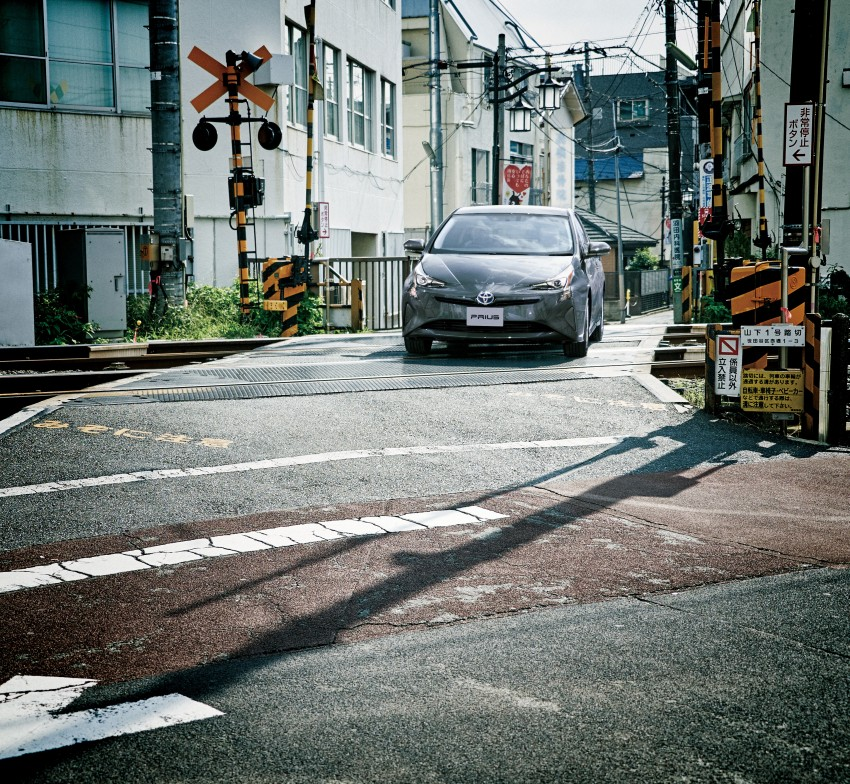 2016 Toyota Prius goes on sale in Japan – 40.8 km/l! Image #418029