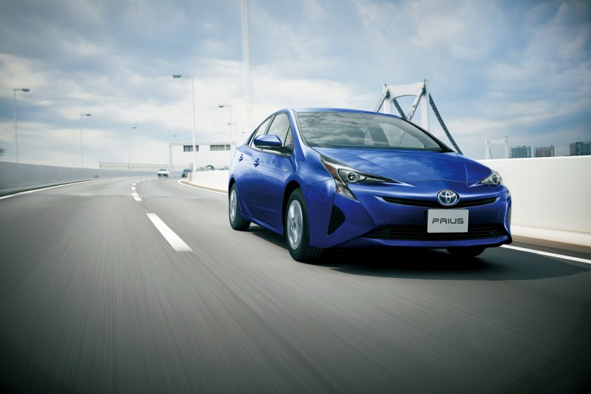 2016 Toyota Prius goes on sale in Japan – 40.8 km/l! Image #418034