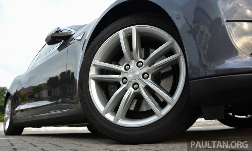 DRIVEN: Tesla Model S 85 – exclusive first-drive report Image #422456