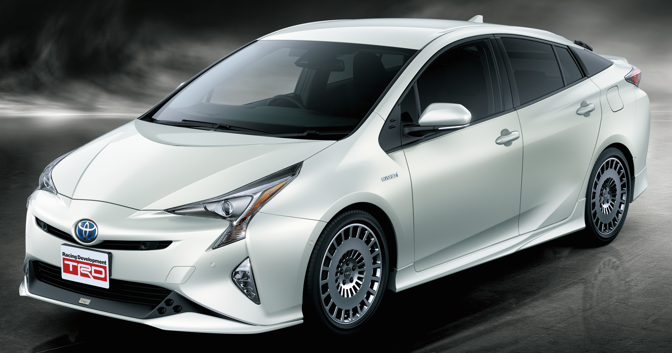 2016 toyota prius gets two trd aerokits in japan. Black Bedroom Furniture Sets. Home Design Ideas