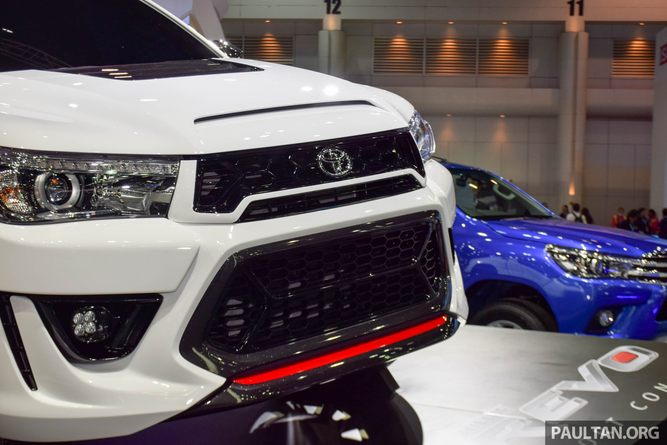 4 X 4 >> Toyota Hilux Revo Sport Concept unveiled in Bangkok Paul ...