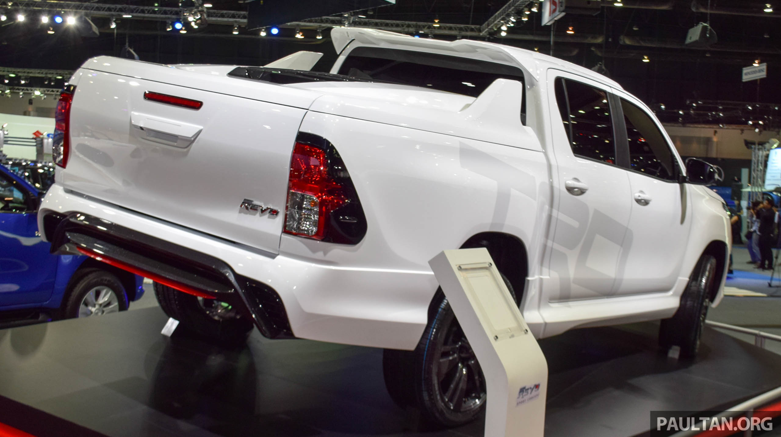 Toyota Hilux Revo Sport Concept unveiled in Bangkok Image ...