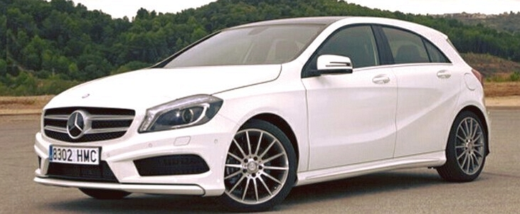 w176 mercedes benz a 200 amg line debuts rm204k. Black Bedroom Furniture Sets. Home Design Ideas