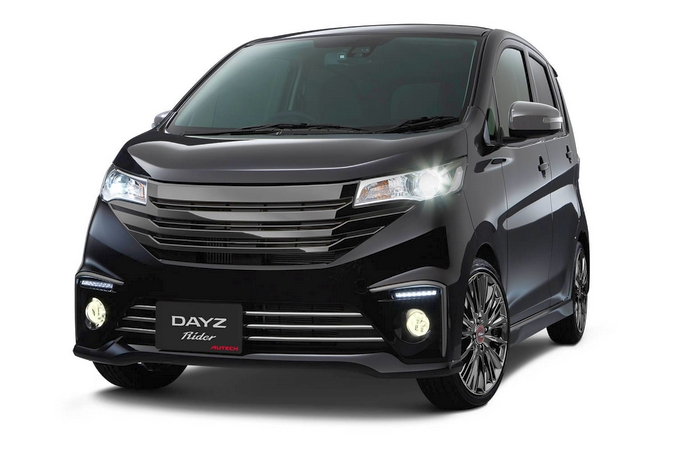 Nissan bringing 14 to the 2016 Tokyo Auto Salon – X-Trail and Serena Nismo, plus a Lolita Lempicka trio Image #423027