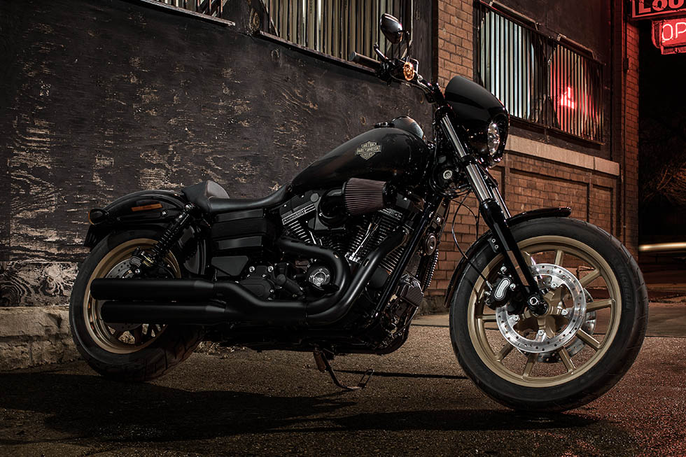 2016 harley davidson cvo pro street breakout and low rider s cruisers launched at x games aspen. Black Bedroom Furniture Sets. Home Design Ideas