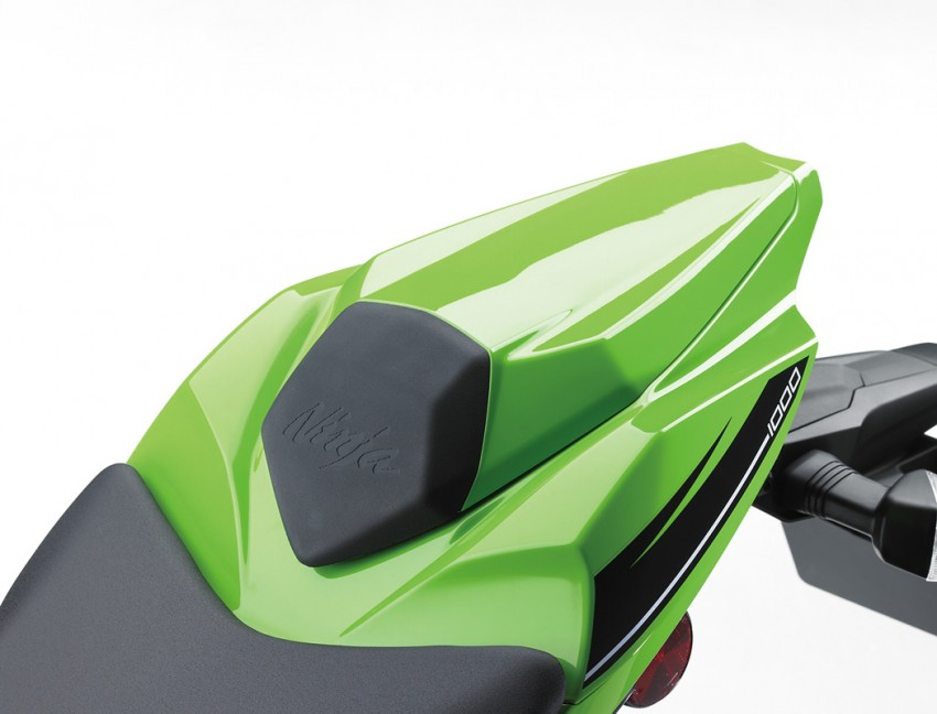 VIDEO: 2016 Kawasaki ZX-10R unveiling in Barcelona Image #432585