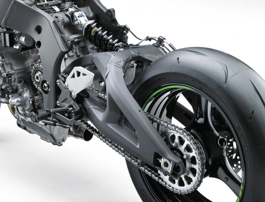 VIDEO: 2016 Kawasaki ZX-10R unveiling in Barcelona Image #432608